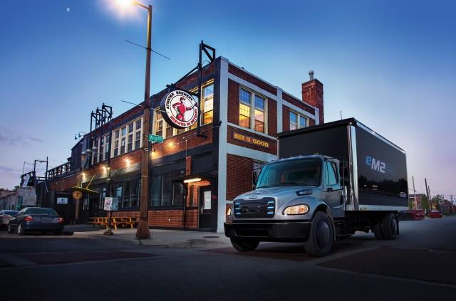 Freightliner eM2 electric truck